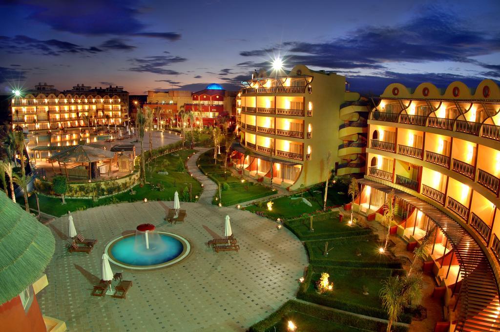 فندق كارولز بوريفاج مرسى مطروح
