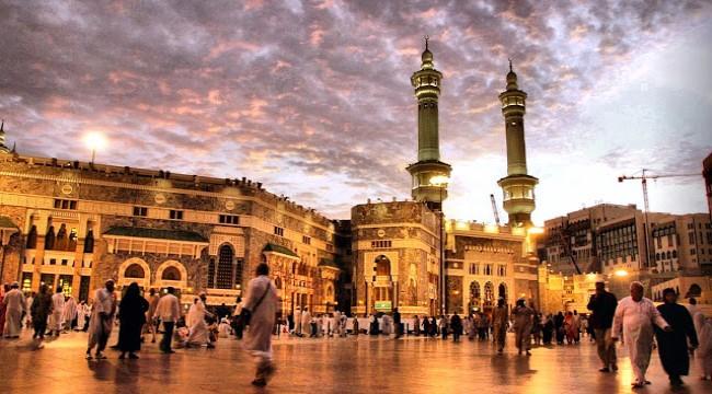 برنامج 15 يوم فندق مكة : الاراضي الطيبة / جراند اميرة ( 10 ليالي) فندق المدينة : وفادة الزهراء ( 4 ليالي)