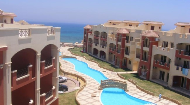 لاسيرينا بيتش ريزورت العين السخنة (داي يوز) - La sirena Beach Resort Ain Soukhna (Day Use)