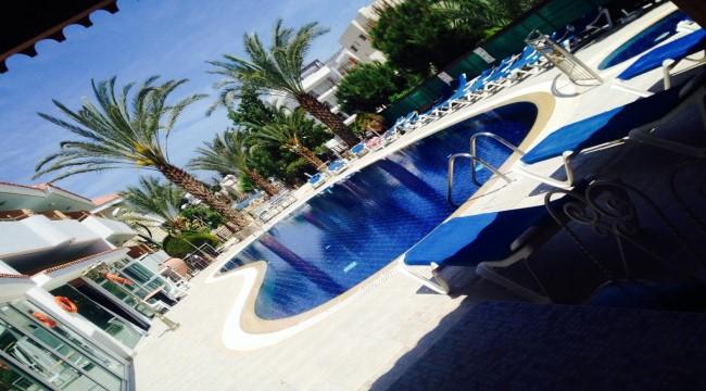 6 ايام 5 ليالي  Moniatis Hotel  شامل الافطار Limassol Cyprus