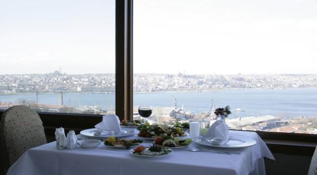 غراند هوتيل هاليج - تقسيم  7 ليالي / 8 ايام شاملة الافطار  اسطنبول - صيف 2018