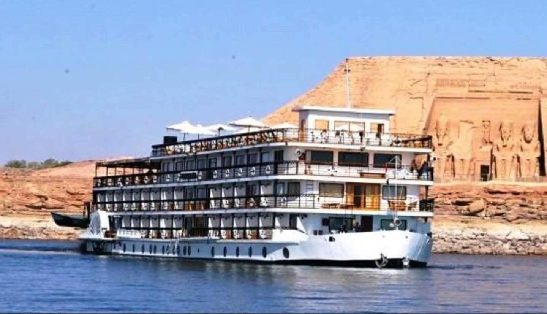 Cairo Nile Cruise and Lake Nasser Cruise