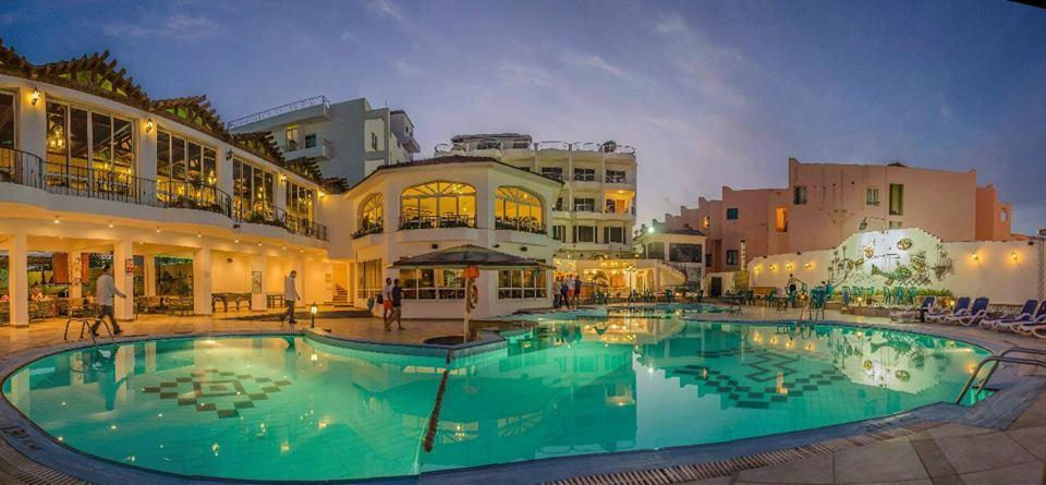Hurghada Mid Year (Mina Mark Beach)